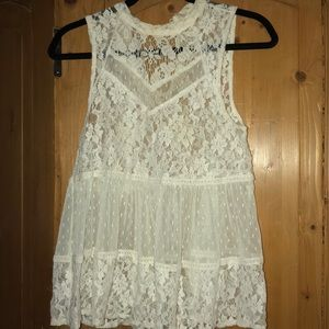 FREE PEOPLE !!!!!!   White lace tank top